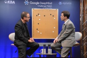 2016.03.12_AlphaGo-Lee-Sedol-game-3-Chris-Garlock-Michael-Redmond-550x367